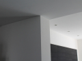 binnenhuis-project-woonhuis-Riel-wanden-strak-in-de-lak